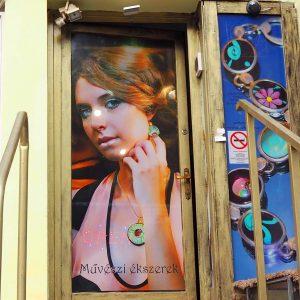 szász-károly-ékszer-üzlet-bejárat.jpg