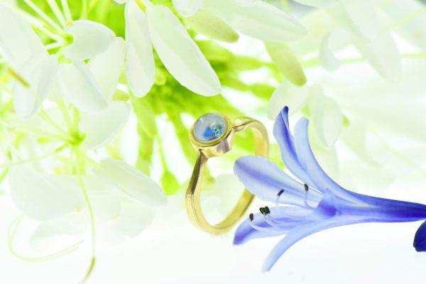 Égbolt kéksége Róth Miksa opalin üvegből csiszolt eljegyzési gyűrű