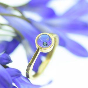 Mélytengeri felfedezések gyűrűje tiszta kék úszó gyémánttal