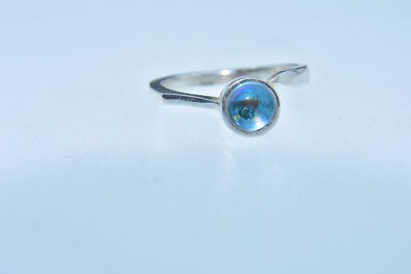 Türkiz utazás gyűrűje kék gyémánttal és egy szerelmes buborékkal