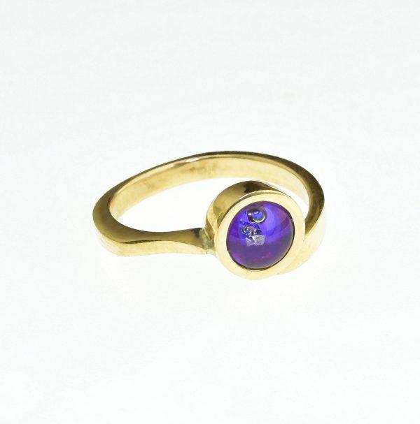Misztikus szerelem gyűrűje
