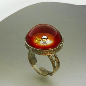 Napsütötte piros rózsaablak gyűrű